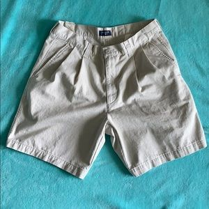 Men's khaki Dockers shorts size 34
